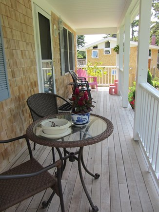Centerville Cape Cod vacation rental - Covered front porch