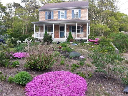 Centerville Cape Cod vacation rental - Spring house garden