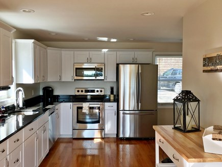 Plymouth MA vacation rental - Gorgeous Full Kitchen with New Stainless Steel Appliances