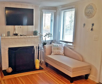 Dennisport Cape Cod vacation rental - Flat screen tv with Cable, Xbox, DVD
