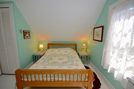 Wellfleet Cape Cod vacation rental - Full bed in upstairs bedroom