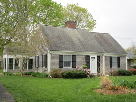 Falmouth Cape Cod vacation rental - LOCATION: close to Falmouth, beach,Woods Hole,Is.Queen, Road Race