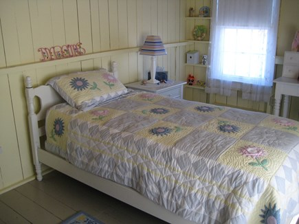 Centerville Centerville vacation rental - Yellow Bedroom now with 2 Twin Beds
