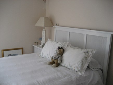 Bourne, Plymouth Cape Cod vacation rental - Queen bedroom.  Incredibly comfortable bed!