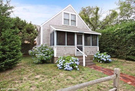 Brewster Cape Cod vacation rental - Classic Brewster cottage by the bay.
