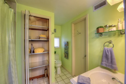 Sandwich Cape Cod vacation rental - Full Bath on main level.