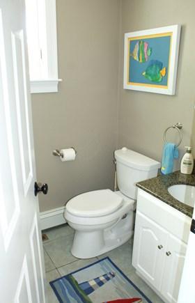 Bourne, Buzzards Bay Cape Cod vacation rental - Full Bath on upper level.