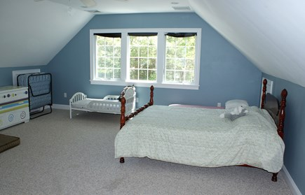 Bourne, Buzzards Bay Cape Cod vacation rental - Loft Bedroom with Double and Toddler bed.