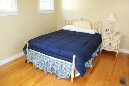 Bourne, Buzzards Bay Cape Cod vacation rental - BDRM 2 on main level with Queen.