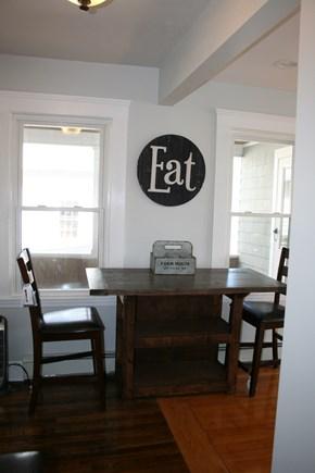 Bourne, Buzzards Bay Cape Cod vacation rental - Kitchen seating