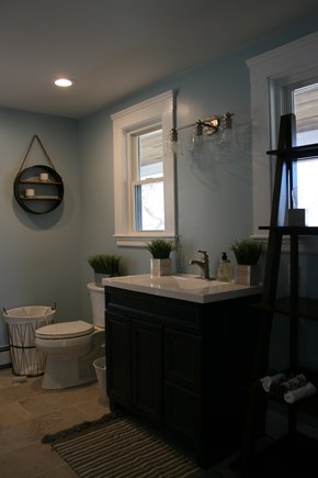 Bourne, Buzzards Bay Cape Cod vacation rental - Fully renovated full bath (one of two).
