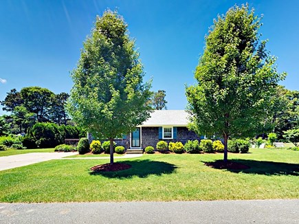 85 Cynthia Lane, Dennis Port Cape Cod vacation rental - Lovingly landscaped property with parking for 4 cars