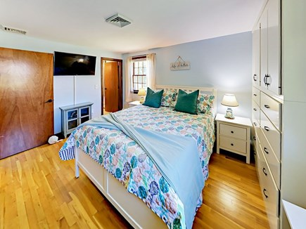85 Cynthia Lane, Dennis Port Cape Cod vacation rental - Rest soundly in the master bedroom on the plush queen-size bed