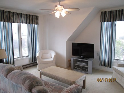 Sandwich, East Sandwich Beach Cape Cod vacation rental - Living room with pull out couch