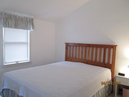 Sandwich, East Sandwich Beach Cape Cod vacation rental - Queen bedroom