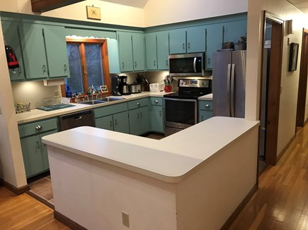North Eastham, bayside Cape Cod vacation rental - Kitchen updated with new stainless steel appliances this year