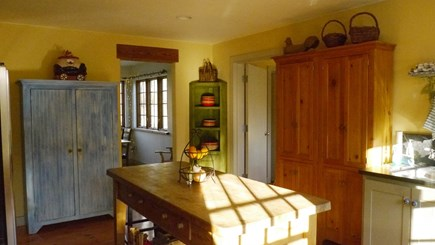 Brewster Cape Cod vacation rental - Sunny country kitchen
