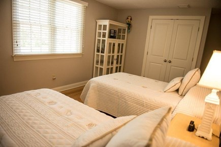 Orleans Cape Cod vacation rental - Two twins room.