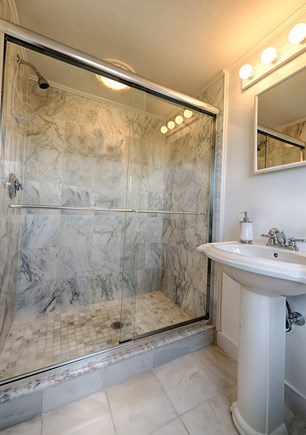 Centerville Centerville vacation rental - Marble en suite bath to 1st fl master. Tub/shower combo in others