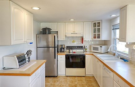 Centerville Centerville vacation rental - Immaculate kitchen well-stocked with tools & spices