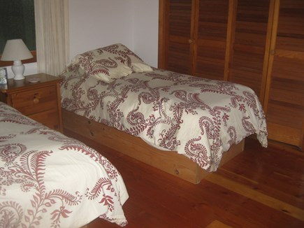 Truro Cape Cod vacation rental - Twin beds , upstairs  bathroom close  in hall
