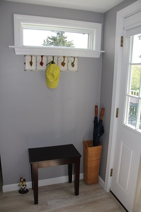 Brewster Cape Cod vacation rental - Entry Organization