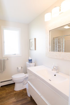 Falmouth Cape Cod vacation rental - 1st floor full bath