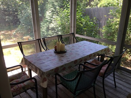 Wellfleet Cape Cod vacation rental - Dine al fresco