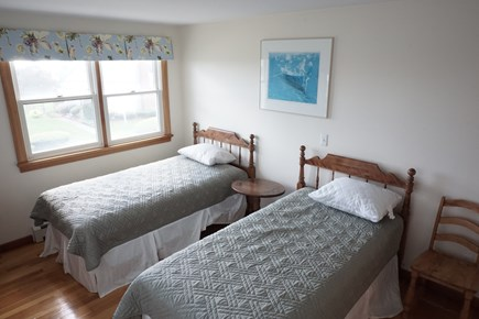 Pocasset Pocasset vacation rental - Bedroom with twins