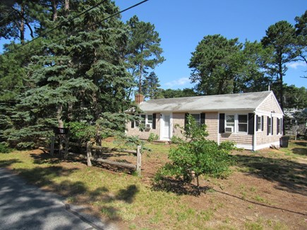 South Dennis Cape Cod vacation rental - Front from road