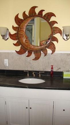 Falmouth, Maravista Cape Cod vacation rental - 1st floor bath