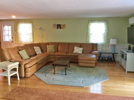Falmouth, Maravista Cape Cod vacation rental - View one of family room