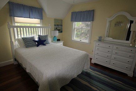 Chatham Cape Cod vacation rental - Upstairs queen bedroom
