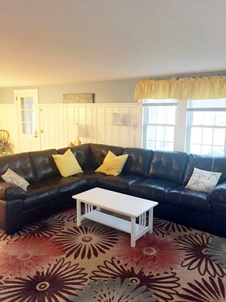 West Harwich Cape Cod vacation rental - Large Seating area