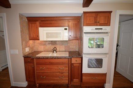 Orleans Cape Cod vacation rental - Double oven and flattop stove