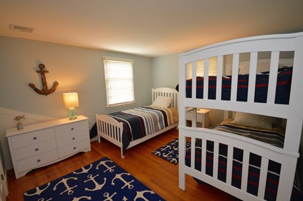 Orleans Cape Cod vacation rental - Twin bunk room with single twin