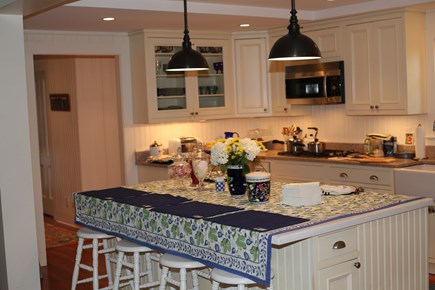 No. Falmouth Cape Cod vacation rental - Kitchen Island with Seating for 4