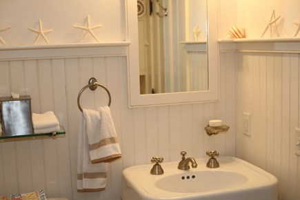 No. Falmouth Cape Cod vacation rental - Bathroom