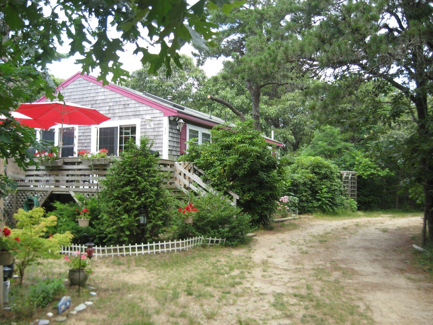 Magnificent Eastham Vacation Rental Home In Cape Cod Ma 5 Mi Home Interior And Landscaping Spoatsignezvosmurscom