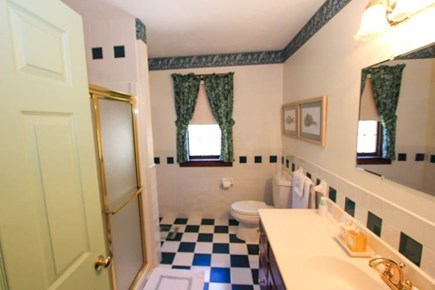 Sandwich Cape Cod vacation rental - Bathroom