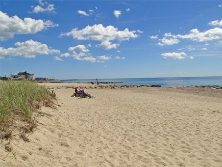 Falmouth, Teaticket Cape Cod vacation rental - Beautiful Bristol Beach 3/4 of a mile away
