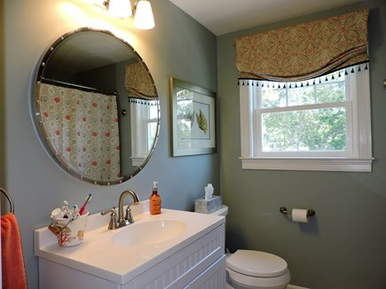 Falmouth, Teaticket Cape Cod vacation rental - Second floor full bathroom