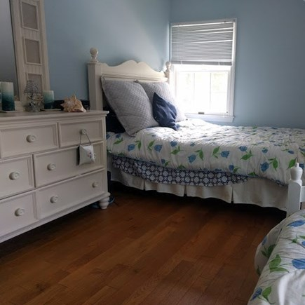 Pocasset, Bourne Pocasset vacation rental - 2nd floor with Full & Twin