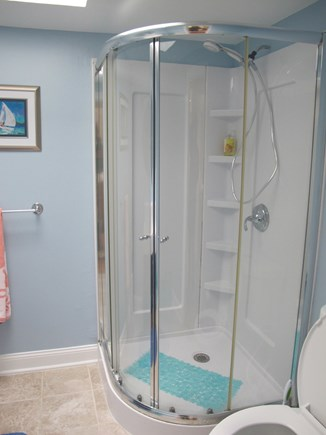 Hyannis, Barnstable Cape Cod vacation rental - 1 of two bathrooms