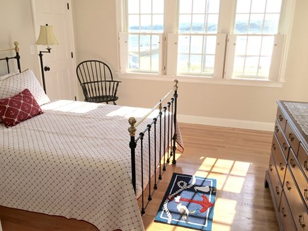 Bourne, Pocasset Cape Cod vacation rental - Good morning!