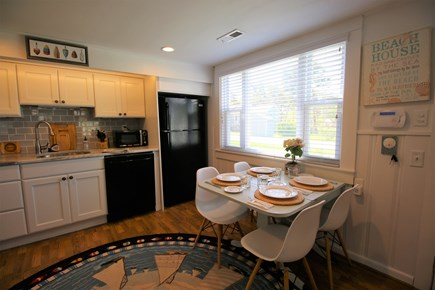 Chatham Cape Cod vacation rental - Kitchen table