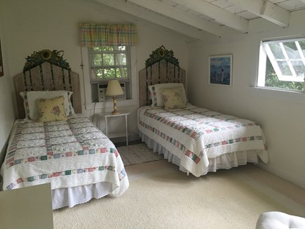 East Dennis Cape Cod vacation rental - Twin bedroom