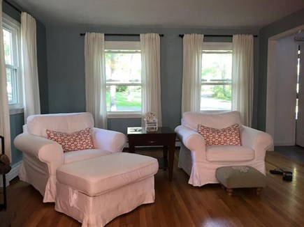 Mashpee Cape Cod vacation rental - Two comfortable swivel rockers in living room