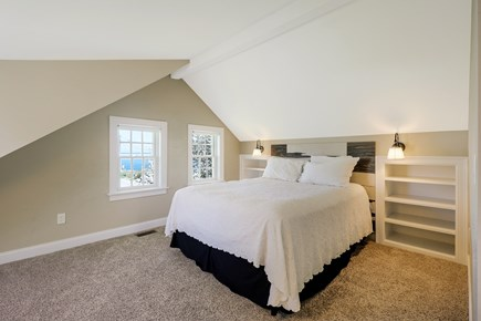 Chatham Cape Cod vacation rental - Second Floor Queen With Views And Full Bathroom En Suite