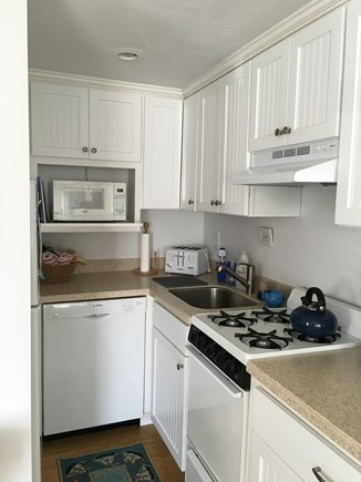Dennisport Cape Cod vacation rental - Cooking is a breeze in this kitchen!